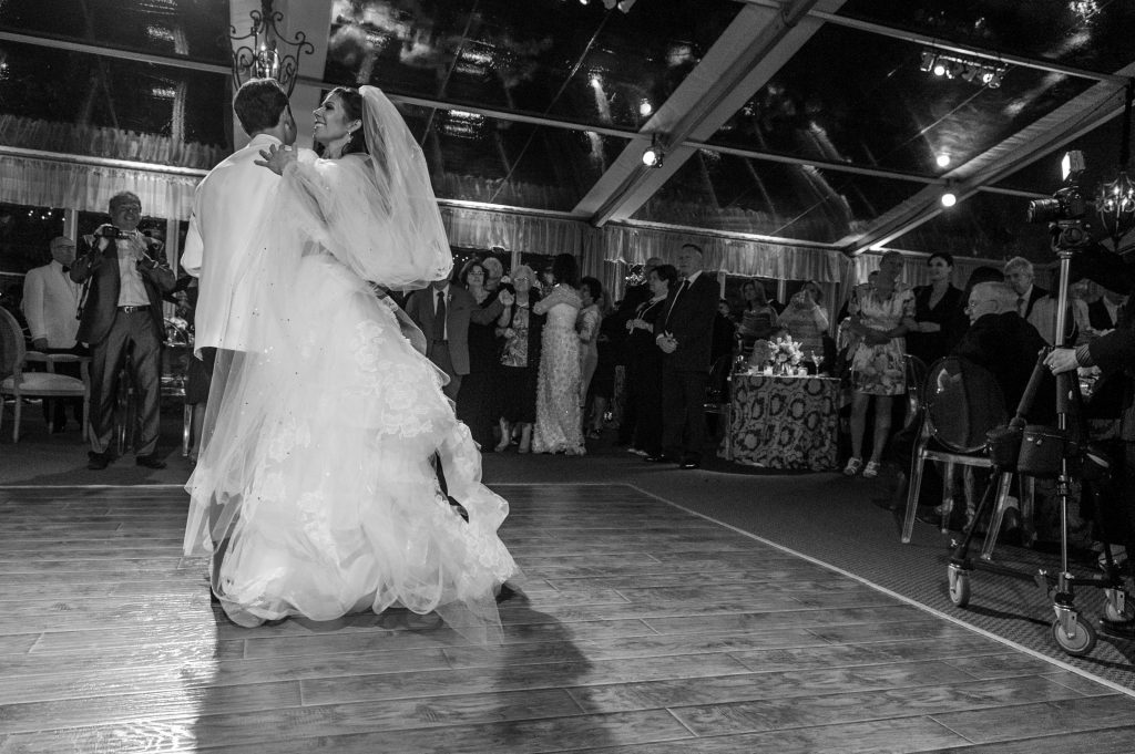best photographer for a wedding